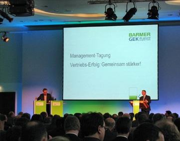 faircom media fertigt Rednerpulte für die 1. Barmer GEK Management Tagung