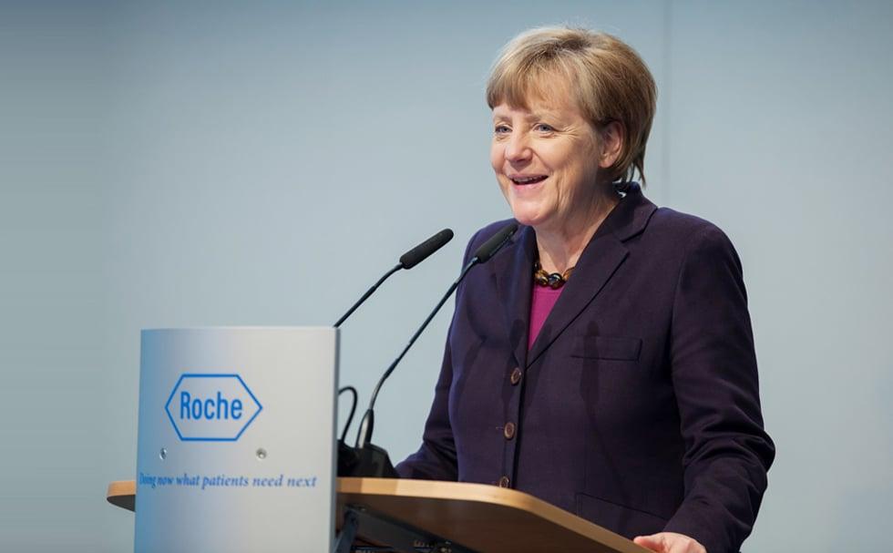 Angela Merkel am Rednerpult faircom futura