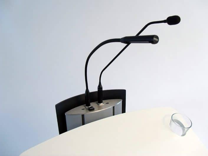 Lampe und Mikrophon