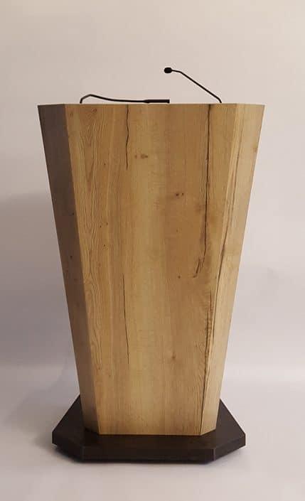 Holz-Rednerpult mit Mikrofon und Beleuchtung